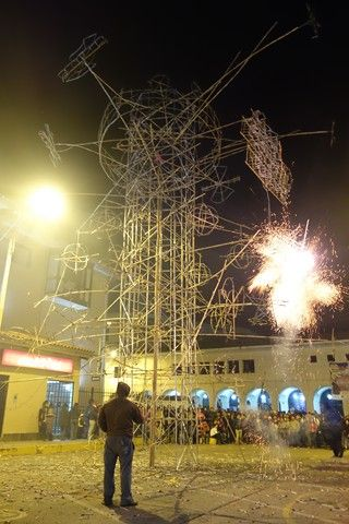 Perou-Huaraz: Feu d'artifice!