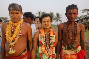 portrait d'hindouiste pour la celebration d'une fete de shiva en birmanie photo blog tour du monde http://yoytourdumonde.fr