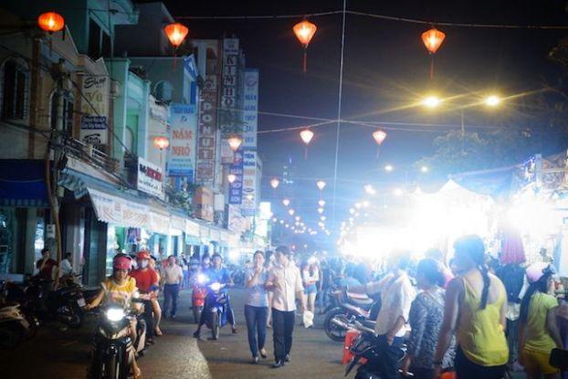 Entre hotels et delta du mekong can tho est une ville ou vous allez trouvé de nombreux hotels blog tour du monde http://yoytourdumonde.fr