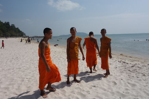 kep-cambodge-travelling-voyage-plage-bouddha-bouddhisme-moine