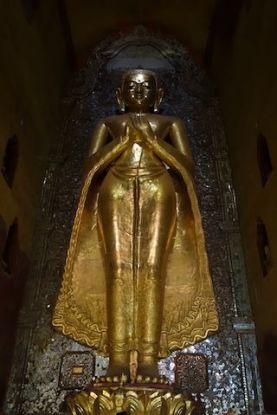 Bouddha du temple Temple de l'Ananda photo blog voyage tour du monde http://yoytourdumonde.fr