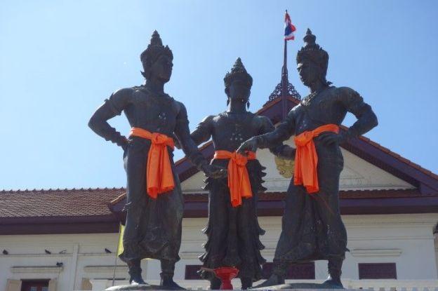 Statues du cote de Chiang Mai en Thailande.