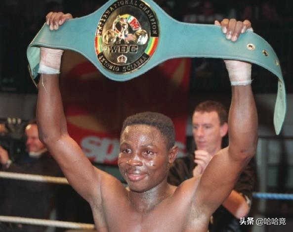 """The 52-year-old boxer died in New York, nicknamed""""Cobra"""", and died of an undisclosed disease"""