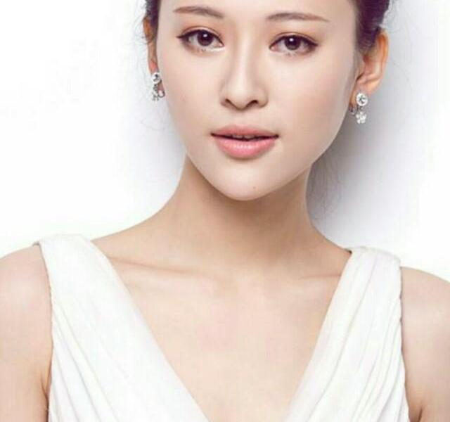 Liu Naping's youth is beautiful and sweet, so charming
