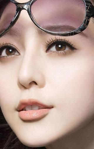 Fan Bingbing, like a mirror, reflects too many things in the world