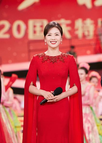 Liu Tao's presiding skill is praised! There is no stage fright with Kang Hui, netizens:there is something inside CCTV
