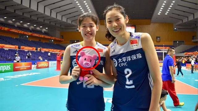 Review of Zhu Tinggao's EQ incident:The Japanese flag was blocked twice a year, and the women's volleyball team was long and high