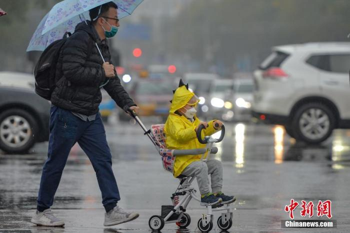 There are light to moderate rains in Northeast China, Huanghuai and other places, and local areas in the South are accompanied by short-term heavy rainfall.