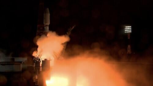 Russian Alliance rocket successfully launched, carrying 36 communication satellites