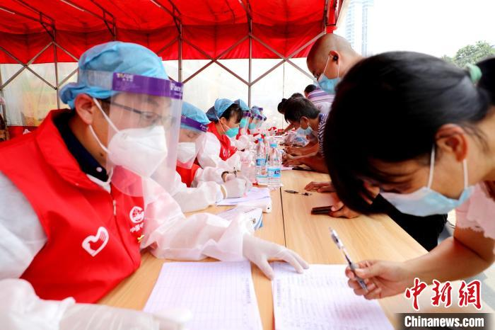 Visiting the front line of Nansha epidemic prevention and control in Guangzhou: Working together to warm people's hearts