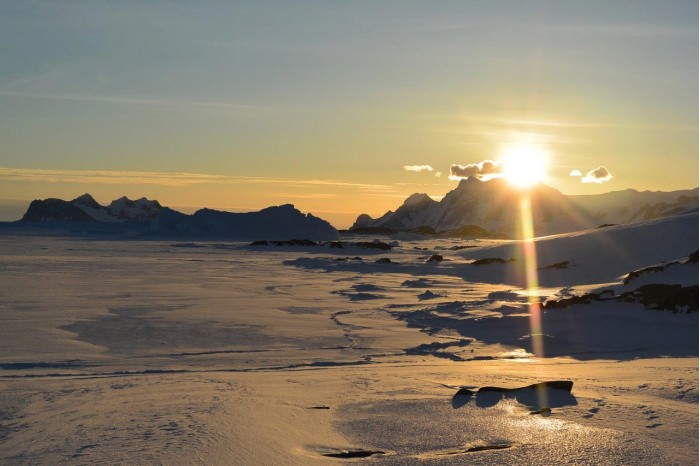 New research on how the Antarctic ice sheet develops provides important clues to the tipping point of climate change