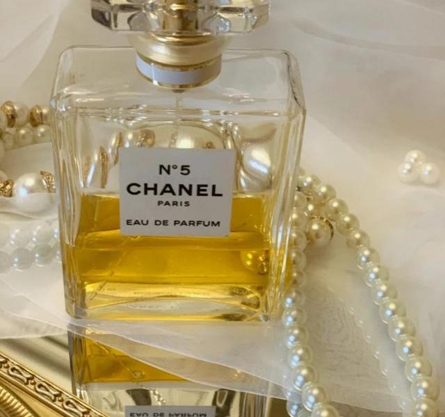 The 5 most worthy perfumes in the world, not only good smell but also high-value, must-have for delicate women