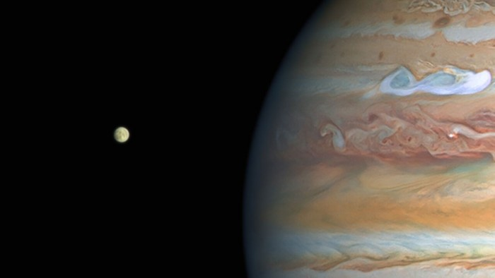 Evidence of persistent water vapor found on Europa