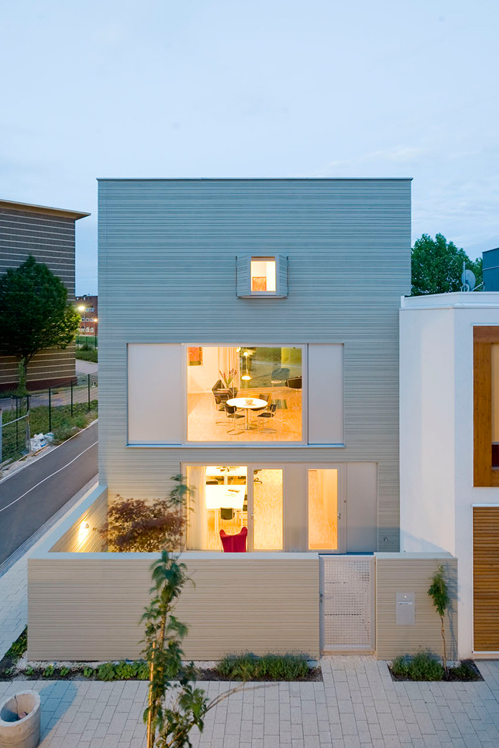 5 characteristics of modern minimalist house designs for Minimalist house plans