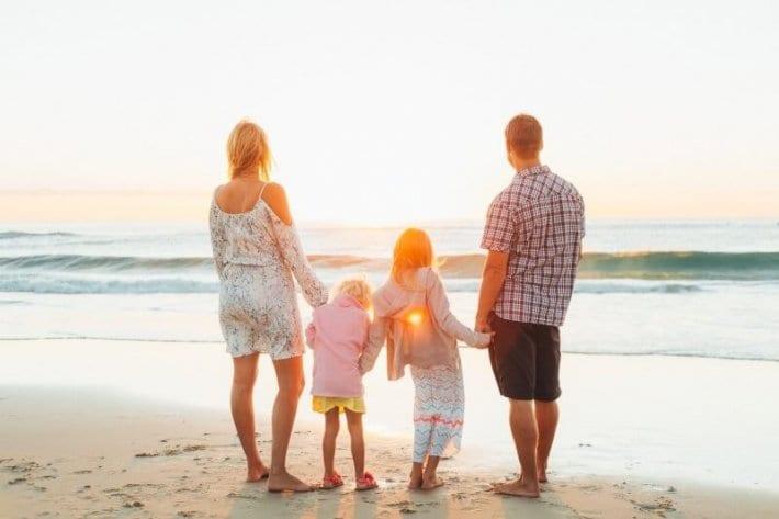 Family travel tribe
