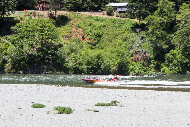 jet boating the rogue river oregon