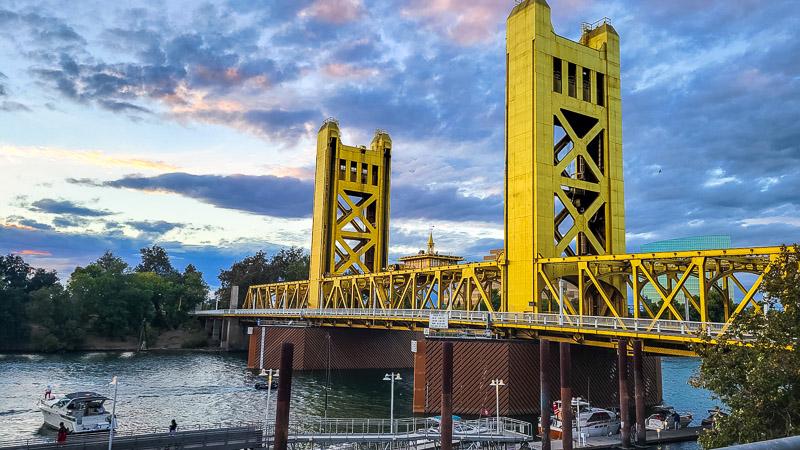 the tower bridge sacramento