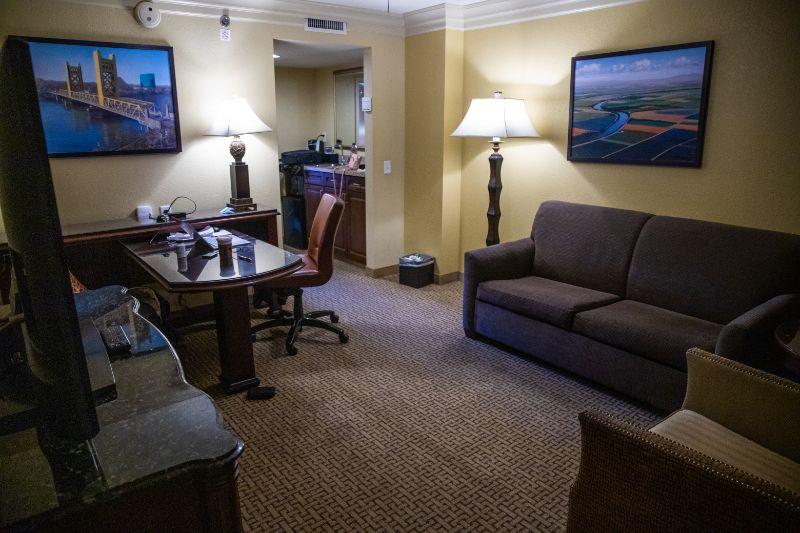 Embassy Suites by hilton Sacramento riverfront