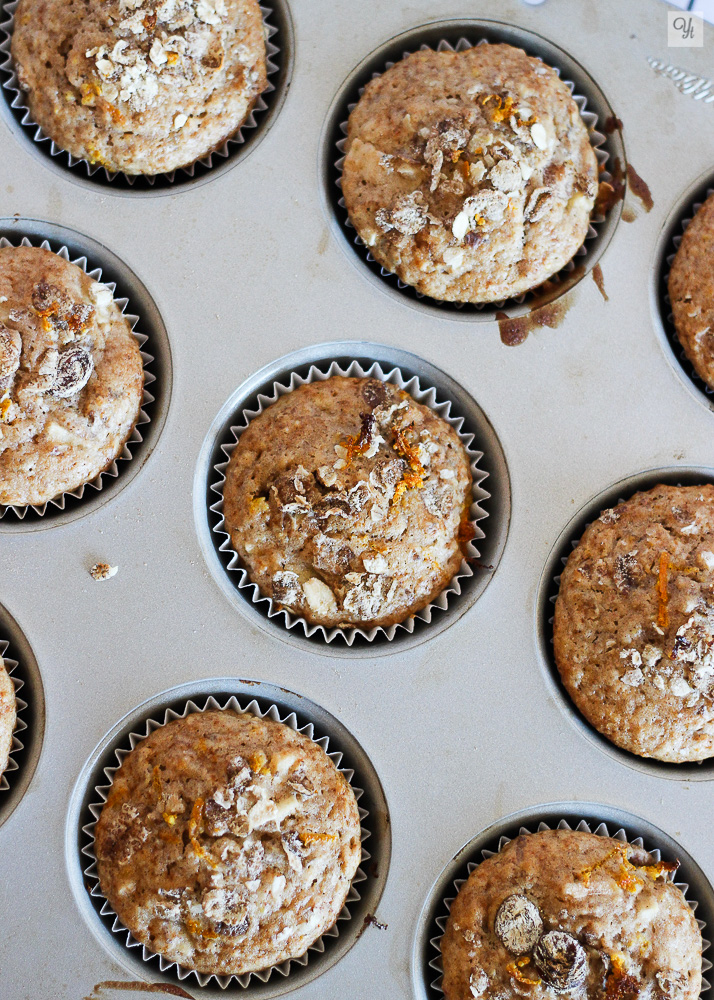 Muffins de muesli, manzana y naranja