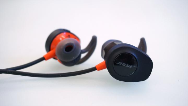 bose soundsport pulse_4?w=720 bose soundsport pulse wireless headphones review yugatech Bose In-Ear Headphones at webbmarketing.co