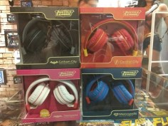ekonic justice league headphones