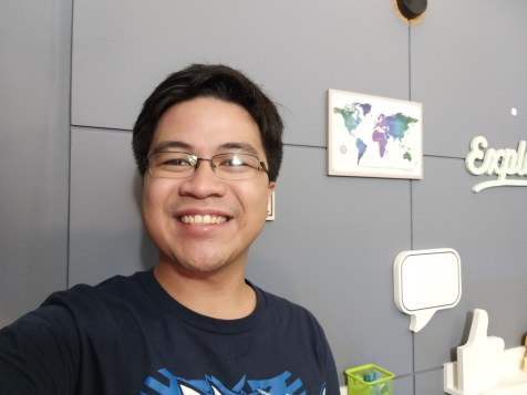 Samsung Galaxy A6+ selfie_2