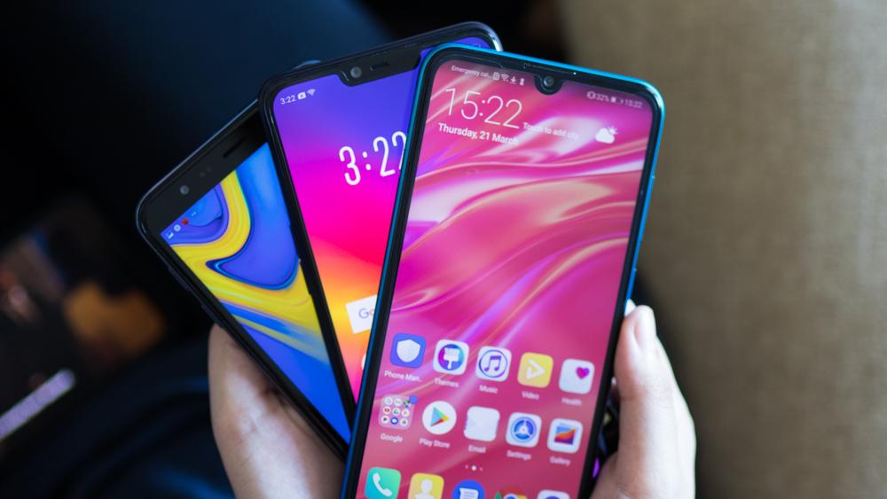 Huawei Y7 Pro (2019) vs OPPO A3s (3GB + 32GB) vs Samsung