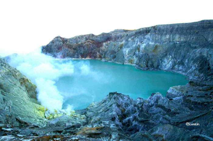 Ijen Blue Flame Tour From Bali