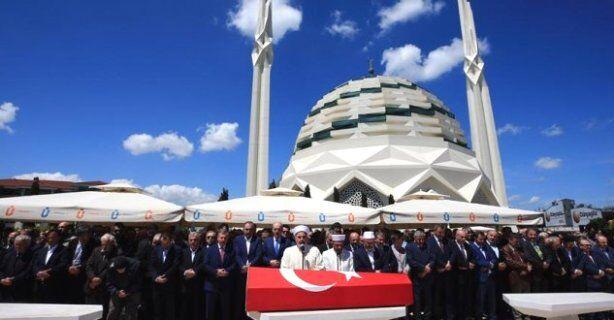 Tarihçi ve Mütefekkir Mehmet Niyazi Özdemir vefat etti