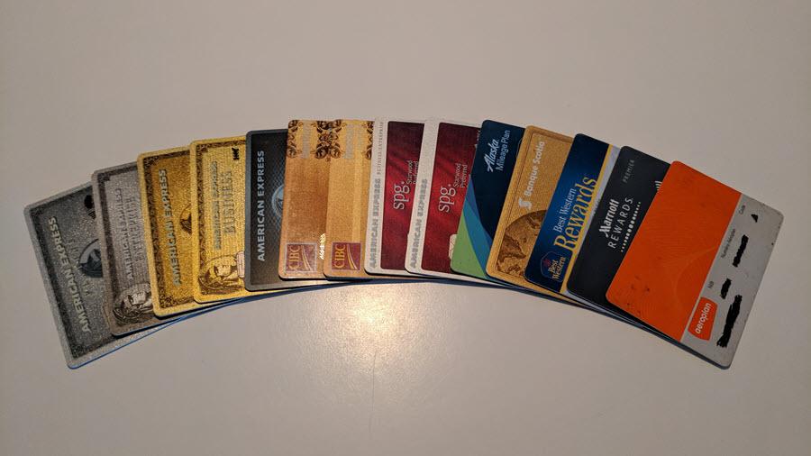 Voici la liste des meilleures cartes de crédit au Canada pour obtenir des points et milles de récompenses afin de voyager à rabais