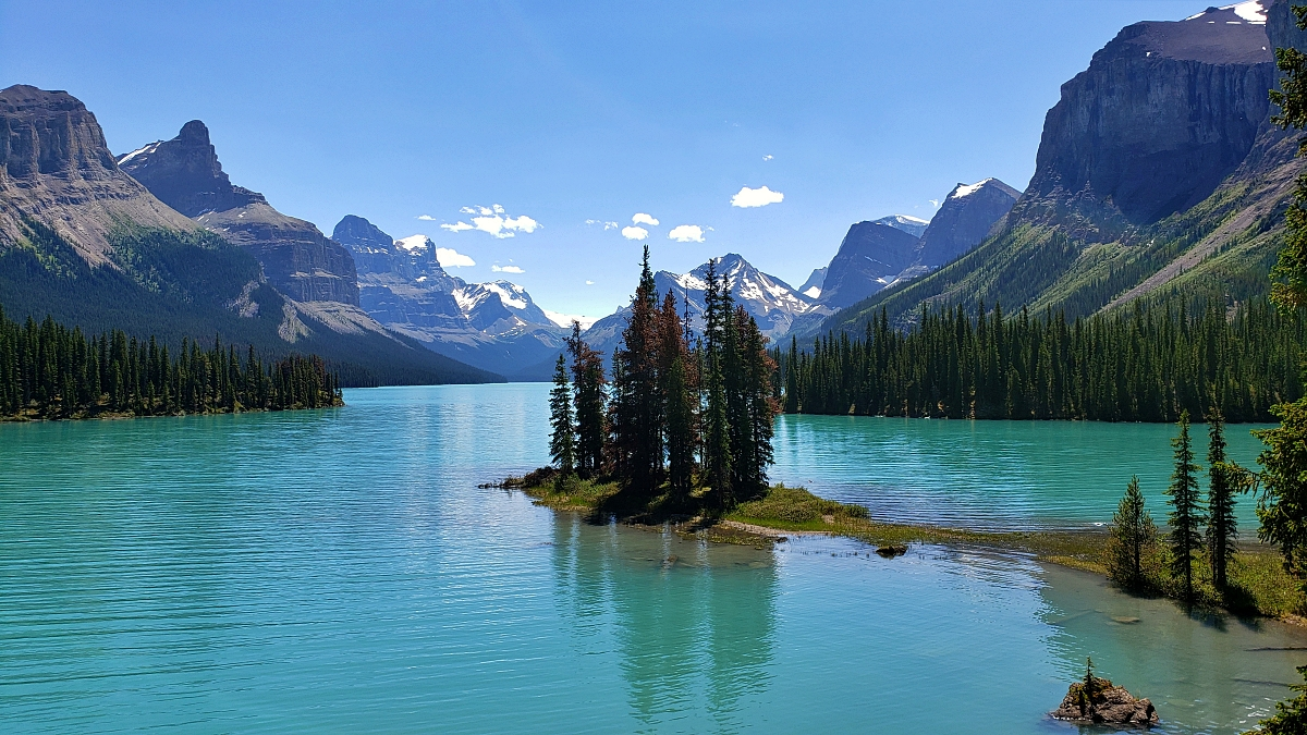 Read more about the article Flights under $100 round trip from Ottawa with a promo code