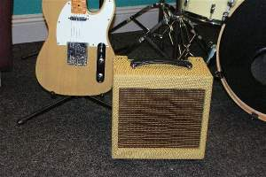 Yuma Gold 5T Practice Valve Guitar Amplifier