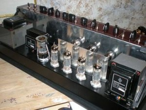 Replacing Guitar Amplifier Valves - Valve Amplifier Re-Valve Kit