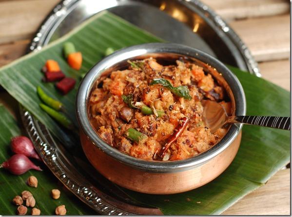 Mixed vegetable koottu curry1
