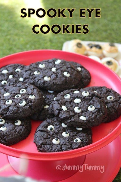Spooky Eye Cookies