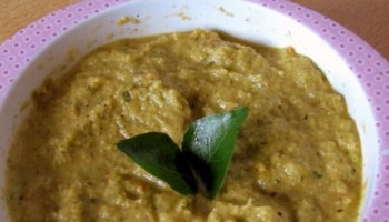 TOMATO AND COCONUT CHUTNEY