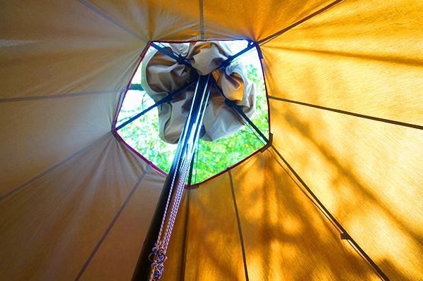 tent-Mark DESIGNS サーカス TC BIGの天窓で星を眺めたい