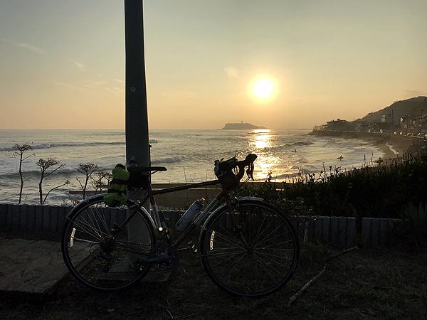 久々にロードバイクで江ノ島行きました