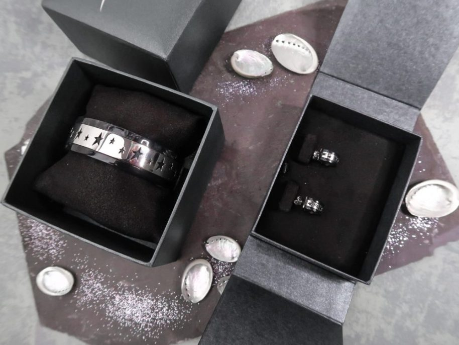 Thierry, mugler, bijoux, steal, staal, zwart, black, stars, bracelet, earrings, blog, yustsome, reviewp