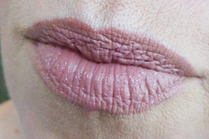 Nyx, cosmetics, lipstick, 621, milan, swatch, review, beauty, blog, yustsome