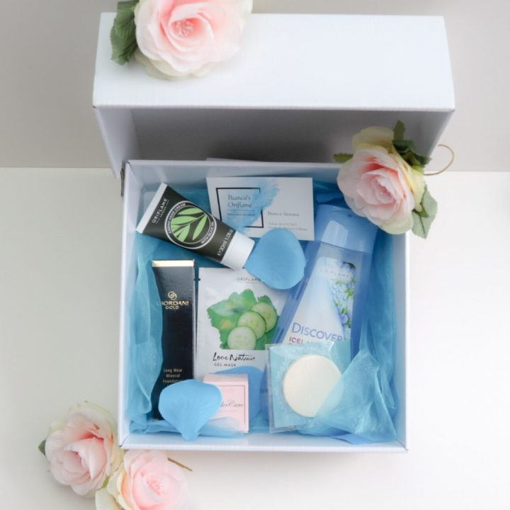 Oriflame, beauty, box, new, gifts, foundation, mask, wonderpotje, sponsje, handcrème, yustsome, unboxing