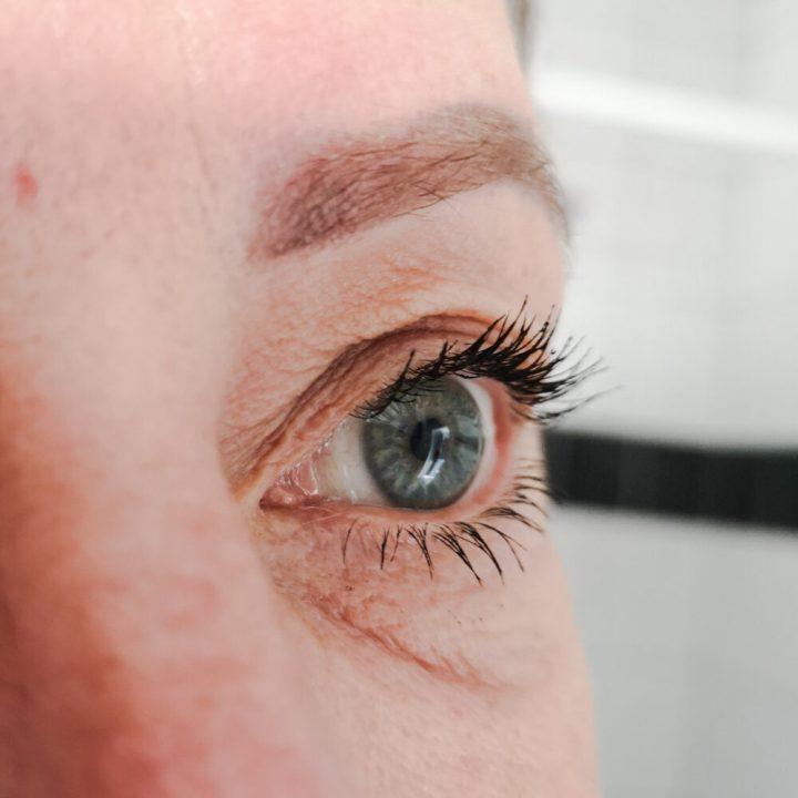 Instant Effects, lash, brow, voluminiser, volume, dikkere, minuten, sneller, groei,