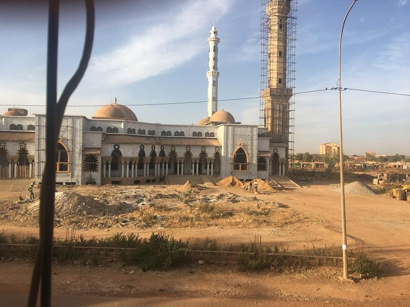 On multiplie les mosquées