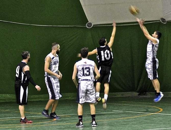 Immagine tratta dalla Pagina ufficiale Facebook Di Stefano Trasporti Adrano Basket