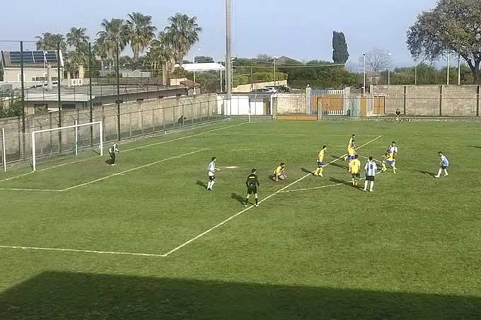 Calcio. Sorridono le due squadre di Adrano