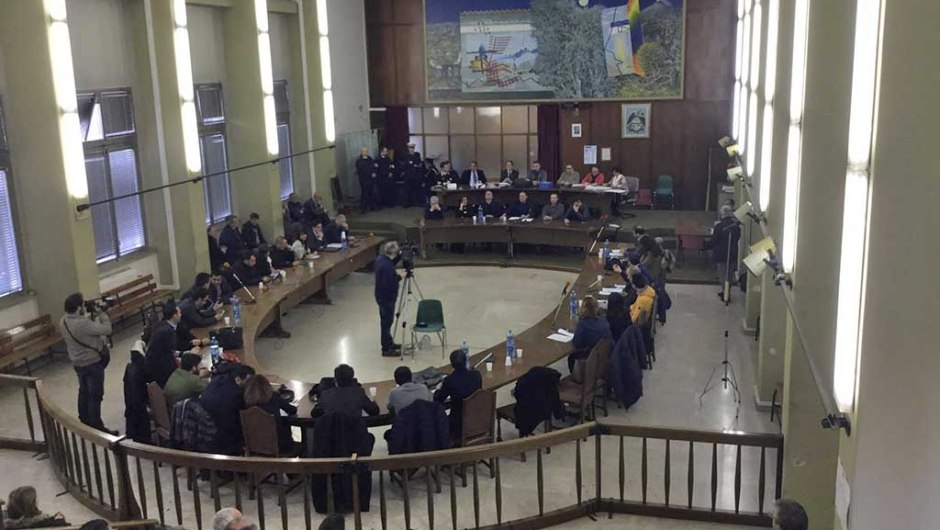 Precari, non c'è urgenza per il Consiglio comunale di Adrano. Seduta decade