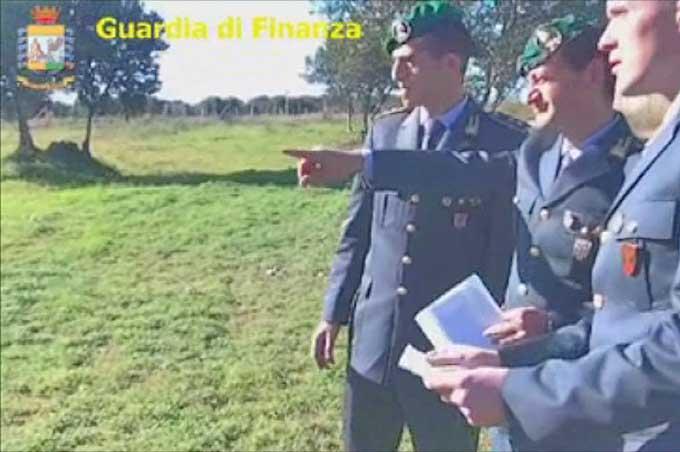 """Operazione """"Tarocco"""": Guardia di Finanza denuncia 377 falsi braccianti agrumicoli"""