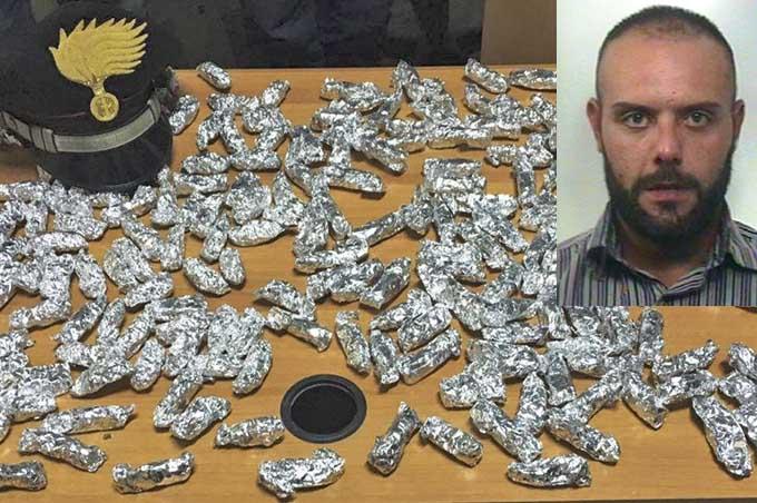Paternò, scoperto supermercato della droga in viale dei Platani: pusher smerciava cocaina, hashish e marijuana