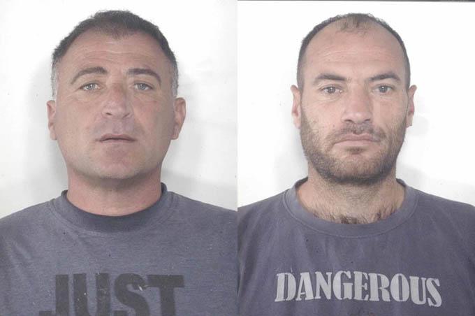 Adrano, arrestati due coltivatori di marijuana