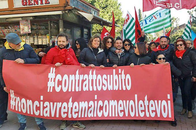 Sciopero generale telecomunicazioni: lavoratori in piazza a Catania